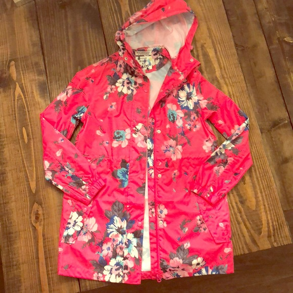94889e0ce Joules Jackets & Blazers - NWT Joules Right as Rain Packable Hooded Rain  Coat